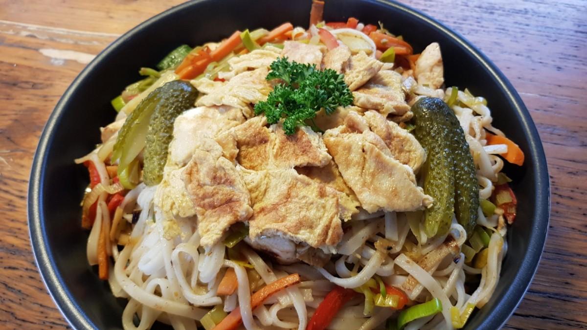 Bordküche: Bami goreng