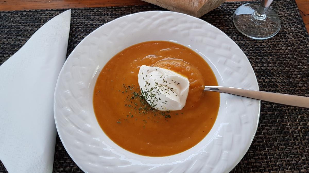 Bordküche: Kürbis-Curry-Suppe