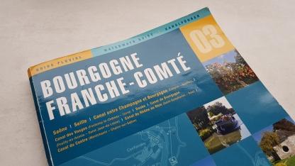 Buchumschlag des Führers für Burgund und der französische Jura