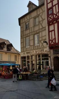 Kaffeespezialitätengeschäft gleich neben der Kathedrale