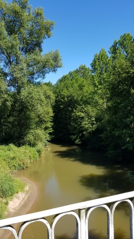 Die Bourbince, das Parallel-Flüsschen zum Kanal