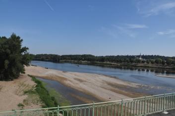 Die Loire führt nicht viel Wasser