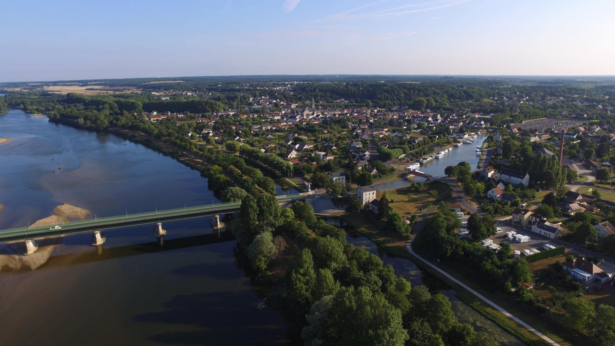 Briare und seine Kanalbrücke