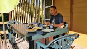 Frühstücken auf der Veranda