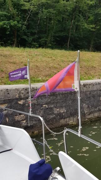 Die Flaggen von Binnenskipper und Women on Barges