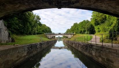 Die schönen Brücken zwischen Tunnel de Savoyeux und der 1. Schleuse