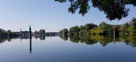Von unserem Lieblingsbadeplatz aus, Blick zurück auf Auxonne