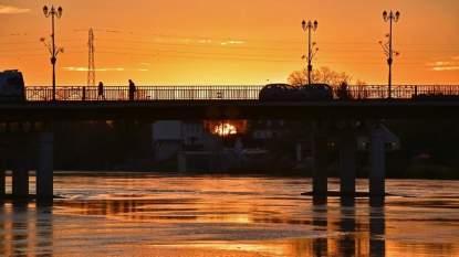 2017_Auxonne_Sunset_C3