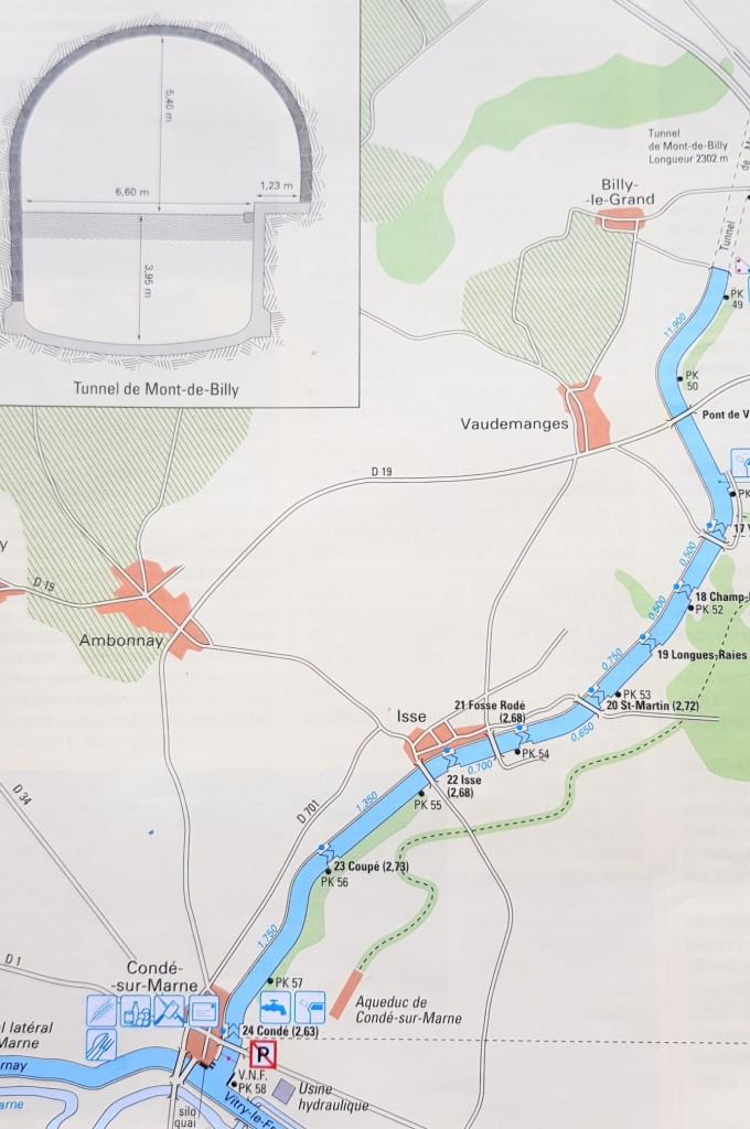 Die Strecke von Coné bis zum Tunnel mit 8-teiliger Schleusentreppe