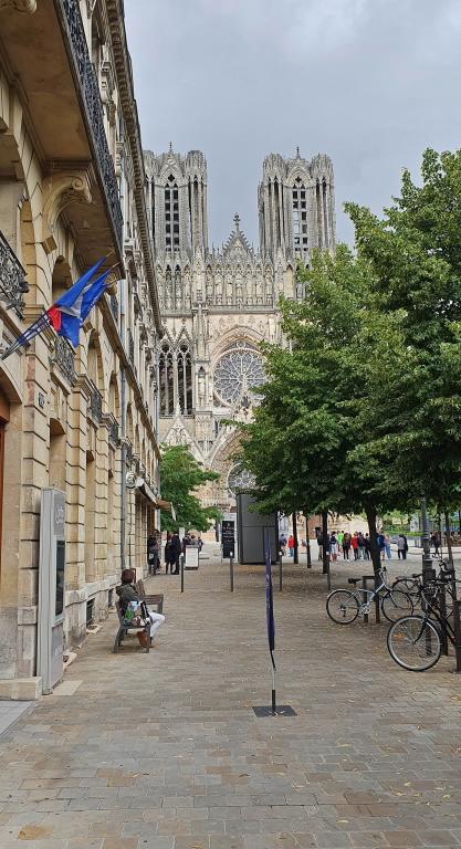 Die Kathedrale von Reims, Krönungsort der französischen Könige
