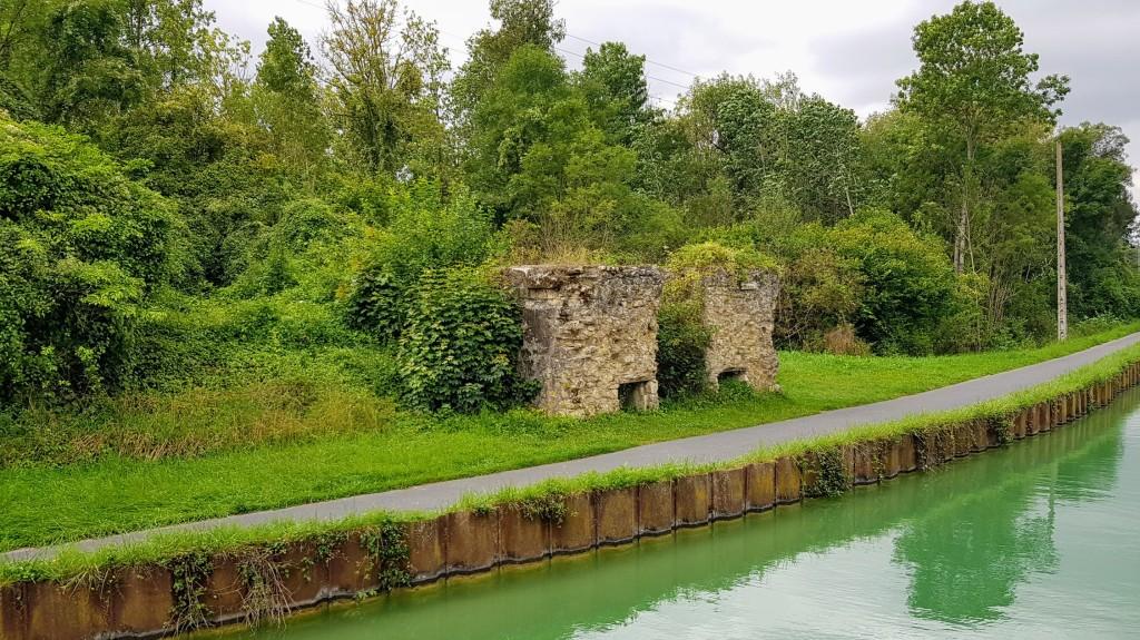Da war einmal eine Brücke, die zwei nicht mehr existierende Dörfer verband
